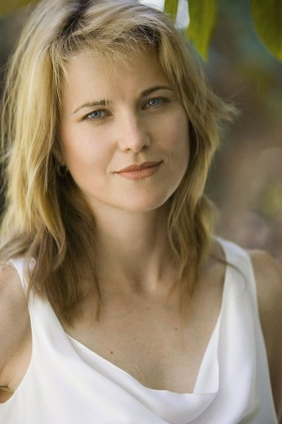 Lucy Lawless Bio Height Weight Age Measurements