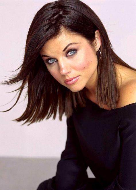 Tiffani Thiessen Bio Height Weight Age Measurements Celebrity Facts