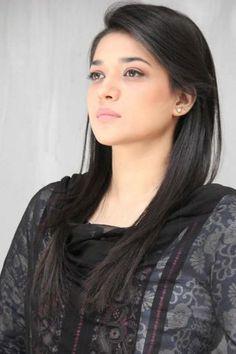 Sanam Chaudhry Age